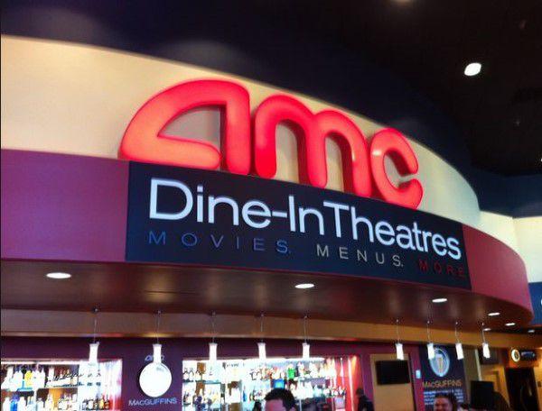 Amc Dine In Entry Way Into Cinema